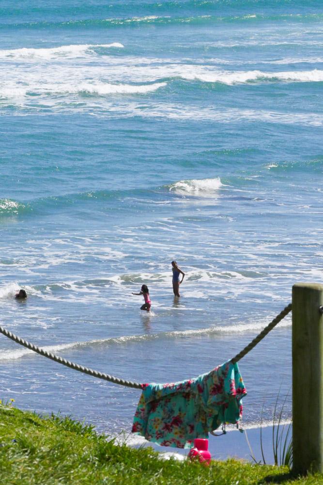 muriwai beach swimming-1180577