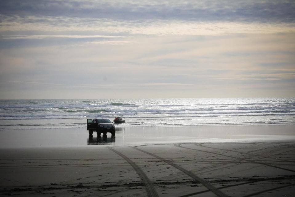 beach_car-1190791