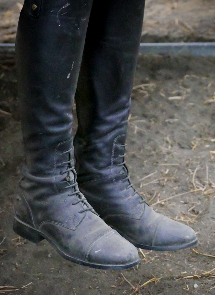 happy boots-1190837